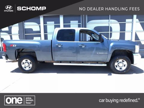 Pre-Owned 2007 Chevrolet Silverado 2500HD LTZ 4WD Crew Cab Pickup